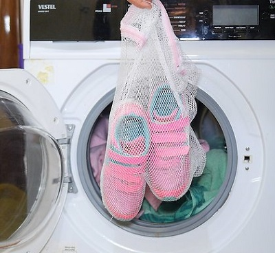 can you put shoes in the dryer