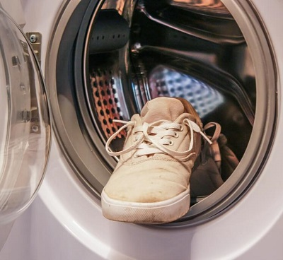 shoes in the washer