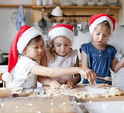 4 Easy Christmas Cookies to Make With Kids