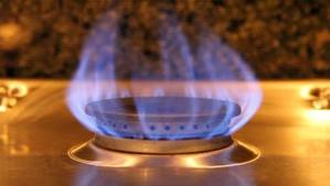 Large flame from gas range