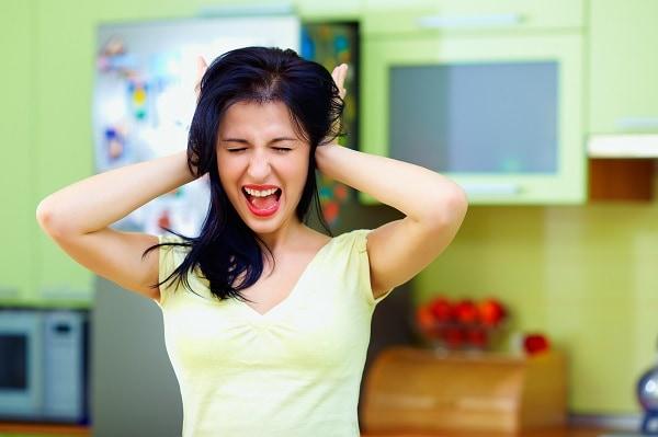 maytag refrigerator is noisy